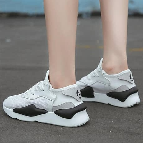 Women-Shoes-White-Running-Shoes-Air-Mesh-Breathable-Designer-Platform-Sneakers-Sports-Shoes-Woman-Wear-Resistant.jpg