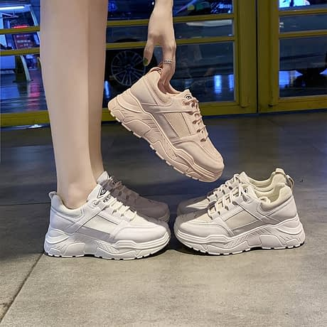Women-s-Vulcanized-Shoes-2019-Autumn-New-White-Shoes-Solid-Color-Sports-Platform-Breathable-Running-Trend-2.jpg