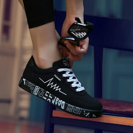 2019-Spring-Women-Shoes-Black-Sneakers-Women-Lace-up-Print-Casual-Shoes-Low-Top-Graffiti-Canvas.jpg