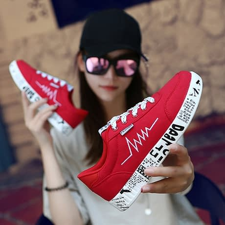 2019-Spring-Women-Shoes-Black-Sneakers-Women-Lace-up-Print-Casual-Shoes-Low-Top-Graffiti-Canvas-1.jpg